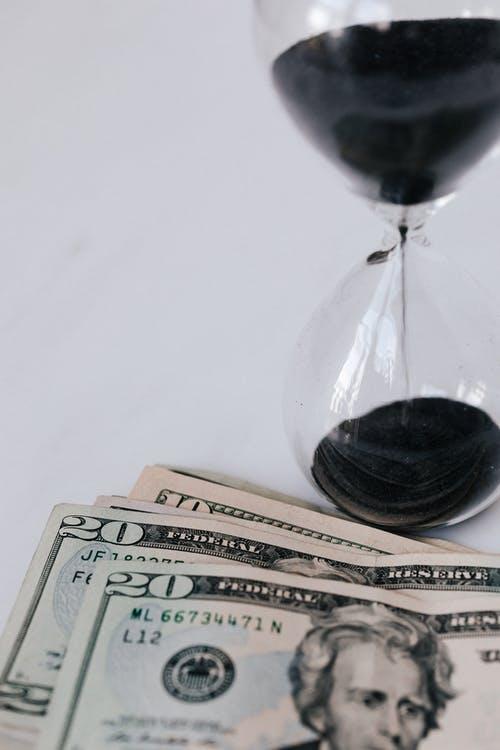 Economic Growth and Economic Crisis